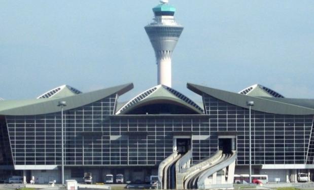 Αεροδρόμιο KUALA LUMPUR, Malaysia – 2013. 3.000lt. Επιλεκτικοί συλλέκτες  65m².