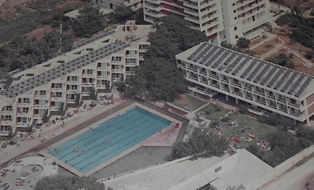 MARATHON BEACH HOTEL, Ν. Μάκρη – 1978. 13.750lt. Επίπεδοι συλλέκτες 275m².